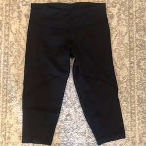 Lululemon Run: For It Crop Black 4